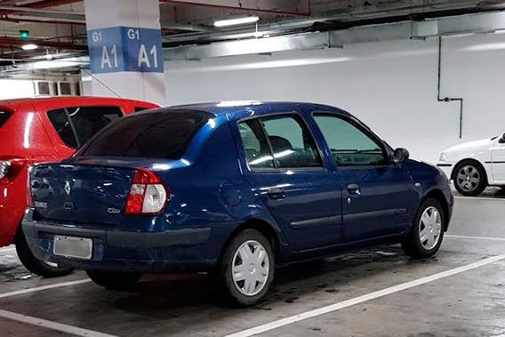Renault Clio Sedan 2004 - 1.0 16v - 4 Portas