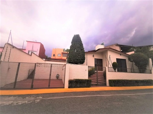 Casa En Renta En Chiluca