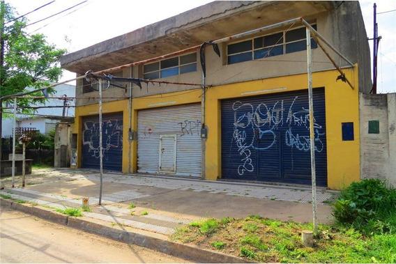 Venta En Block 2 Casas, 3 Locales, 2 Galpones.580m
