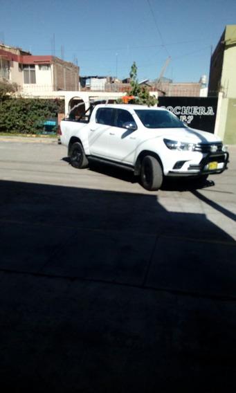 Toyota Hilux 4x4 2017