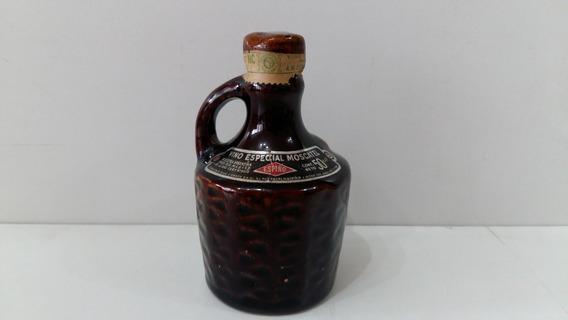 Vino Especial Moscatel De Colección - Avellaneda