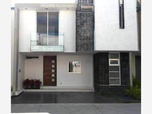 Casa En Venta En Frac. Solares Residencial, Zapopan