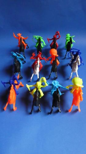 Muñecos Indios Y Vaqueros 12 Ud.