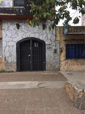 Alquiler Local Amplio En Tres Plantas. Ubicado En Ing Budge