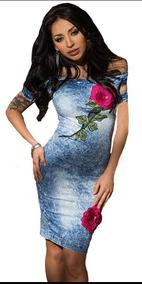 Vestido Ajustado De Mezclilla Con Una Rosa Bordada