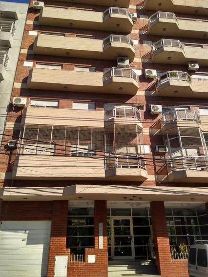 Departamento En Alquiler De 2 Dormitorios C/ Cochera En San Miguel