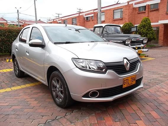 Renault Logan 2020 Gris Estrella 4 Puertas