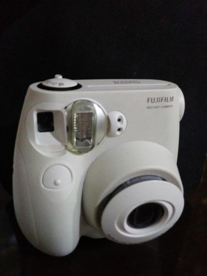 Câmera Fujifilm Branca
