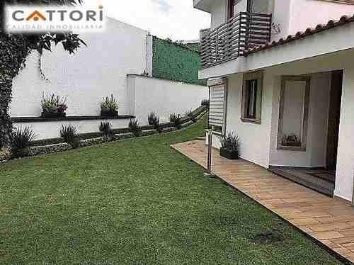 Renta Preciosa Casa En Condominio En Jardines Del Pedregal