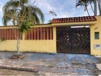 Casa No Jardim Jamaica Em Itanhaém,confira!! 7972 J.a