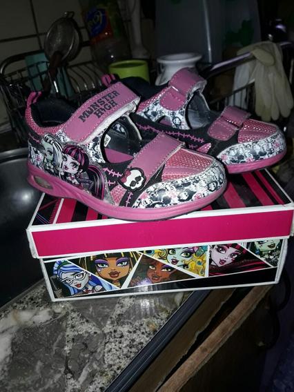 Sandalias Monster High. T/28. Muy Buen Estado.