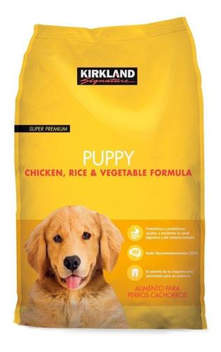Imagen 1 de 1 de Alimento Kirkland Signature Super Premium Puppy para perro cachorro todos los tamaños sabor pollo/arroz/vegetales en bolsa de 9kg