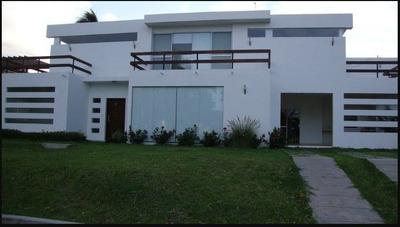 Hermosa Casa Amplia En El Urubo A 100 Mts De Casa Del Camba