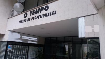 Oficina Profesionales Sotomayor Junto A Cabecera