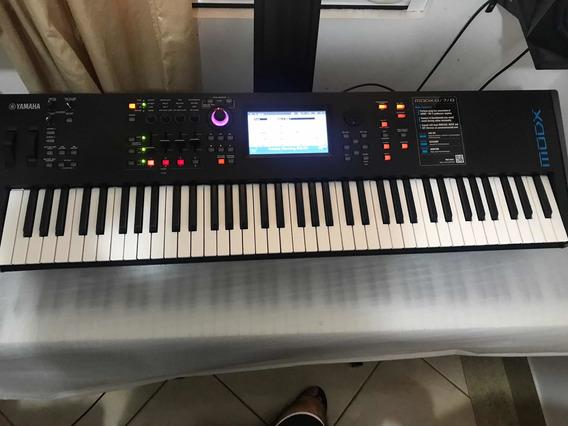 Teclado / Sintetizador Yamaha Modx 7