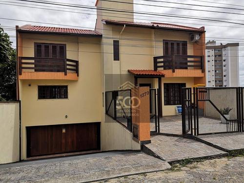 Ca0158 - Casa Com 03 Dormitórios, Sendo 01 Suíte Em Cidade Florianópolis - São José-sc - Ca0158