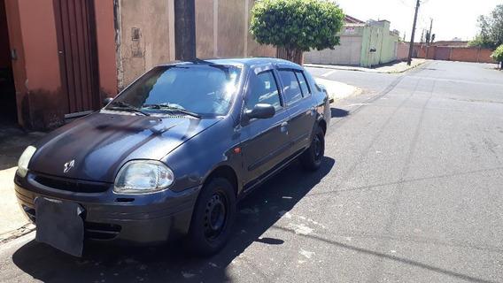 Renault Clio Sedan 2002 1.0 16v