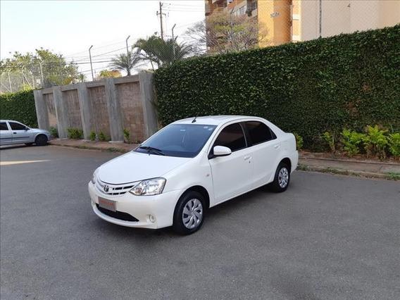 Toyota Etios Etios Sedan 1.5 Xs Automático Flex