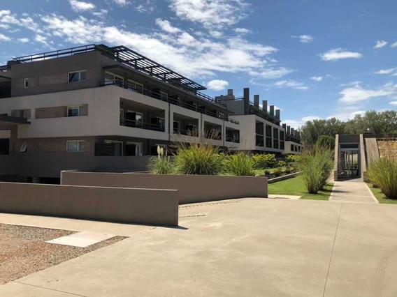 Campus Vista Deparyamento Con Piso Radiante Y Parrilla