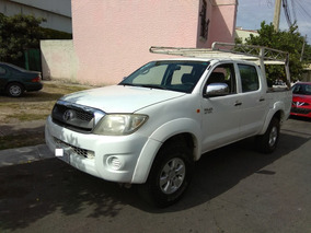 Toyota Hilux 2.7 Doble Cabina Dh Tm