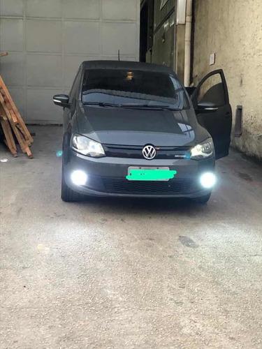 Volkswagen Fox 2014 1.0 12v Bluemotion Total Flex 5p