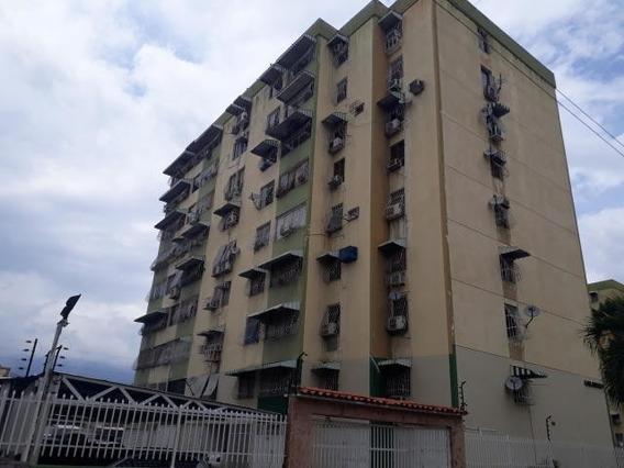 Apartamento En Urb Base Aragua, Maracay Zp 20-18553