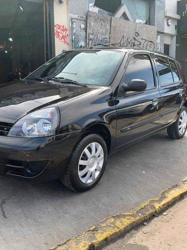 Imagen 1 de 12 de Renault Clio 2012 1.2 Authentique Pack I 75cv