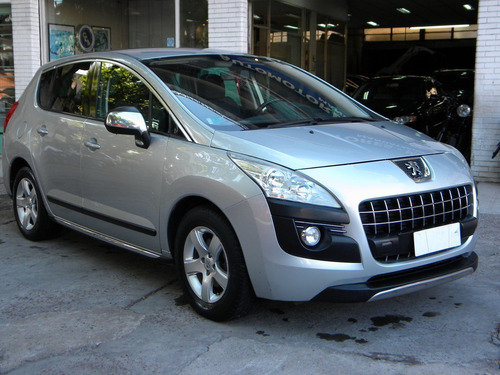 Peugeot 3008 1.6 Premium 2011