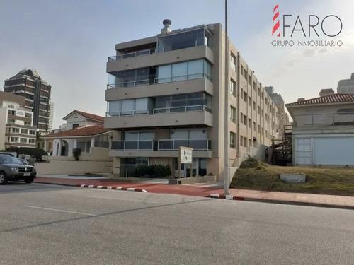 Apartamento Frente Al Mar- Ref: 38120