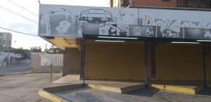Local Comerc En Venta Cecilio Acosta Maracaibo Mls 20-2968