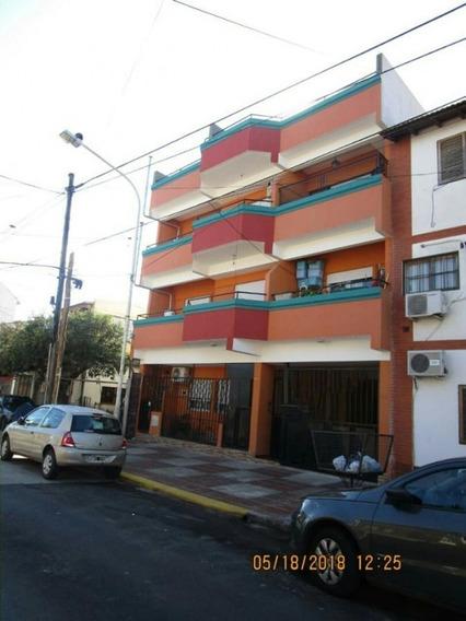 Cuba N° 1200, Villa Luzuriaga, Buenos Aires
