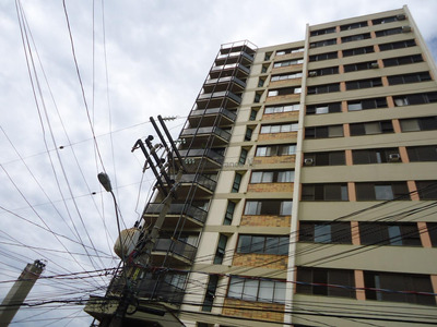 Apartamento Com 3 Dormitórios À Venda, 200 M² Por R$ 550.000 - Centro - Sorocaba/sp - Ap7147
