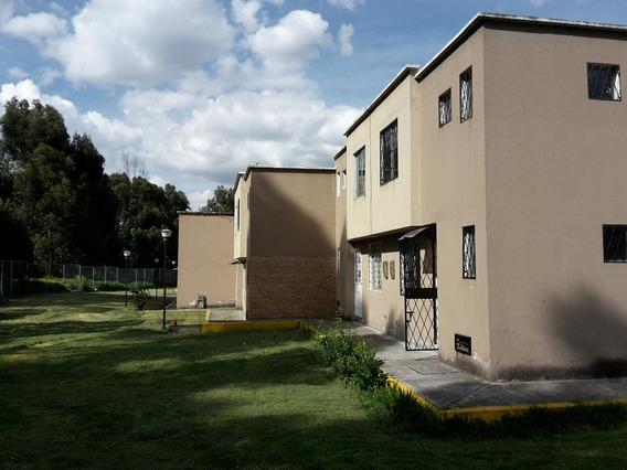 Casa De Venta En Quitumbe 90 M2