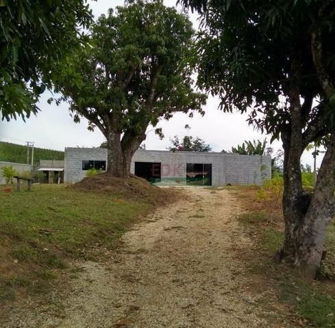 Imagem 1 de 7 de Chácara Com 3 Dormitórios À Venda, 2000 M² Por R$ 450.000 - Roseirinha - Caçapava/sp - Ch0277