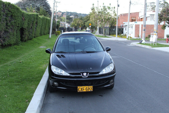 Vendo Excelente Peugeot 206 Midnight