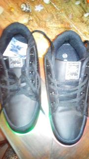 Zapatillas Led 11 Posición De Luces Con Cargador