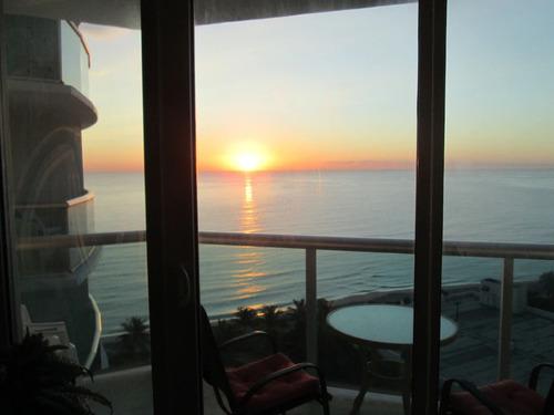 Departamento En Miami. Piso 14. Sobre La Playa. Vista Al Mar