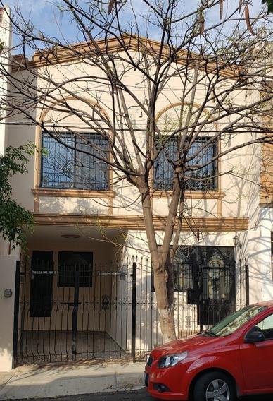Casa En Venta Recien Remodelada En Alcalde De Barranquitas, Guadalajara, Jal.