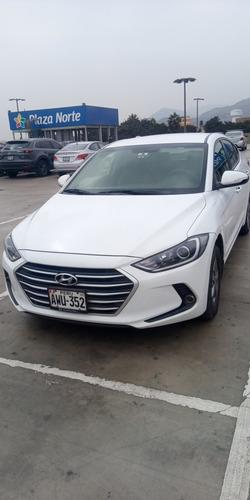 Imagen 1 de 8 de Hyundai New Elantra Gl