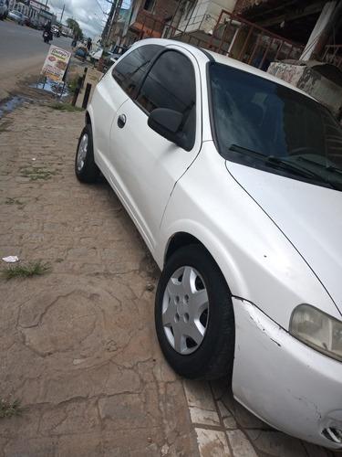 Imagem 1 de 6 de Chevrolet Celta 2001 1.0 3p