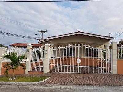 Alquilo Casa En Residencial Cerrado Pasando Brisas Del Golf