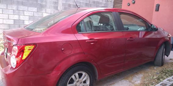 Sonic 2014 Automático 4 Puertas Color Rojo. 4 Cilindros.