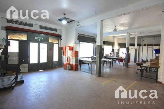 Edificio Comercial Y Vivienda - Martinez