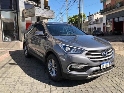 Hyundai Santa Fe 2.4 Seguridad 7as 6mt 2wd 2016