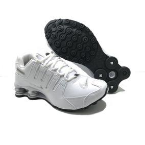 fade657a4a Nike Shox Feminino Tamanho 40 - Tênis Branco no Mercado Livre Brasil