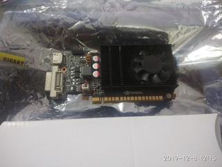 Tarjeta Gráfica Nvidia Geforce 730 2gb Ddr3 Para Repuestos