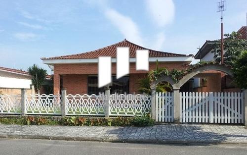 Casa Com 3 Suítes + Edícula Com 2 Suítes Em Praia Grande Sp.