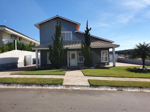 Casa Ampla Em Condomínio Fechado / Chácara