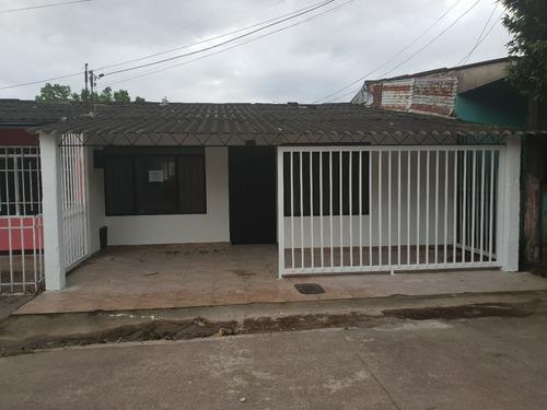 Casa Para Estrenar, Totalmente Remodelada, 3 Habitaciones