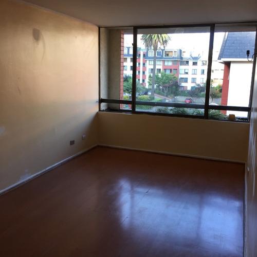 Imagen 1 de 9 de Departamento En Providencia De Tres Dormitorios.